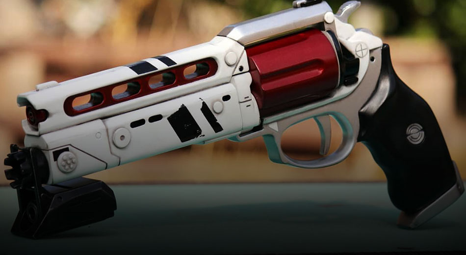 Make a Date with Destiny 2: How to Get Your Hands on Luna's Howl (And More)